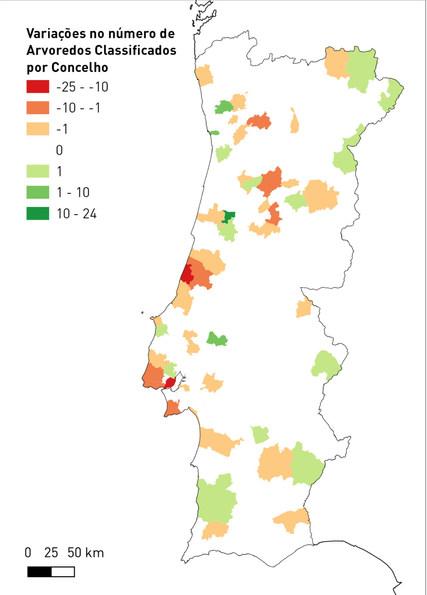Qual a variação no número de arvoredos de interesse público nos concelhos nacionais?