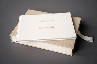 Bryllupsmappe på grå-44-6.jpg