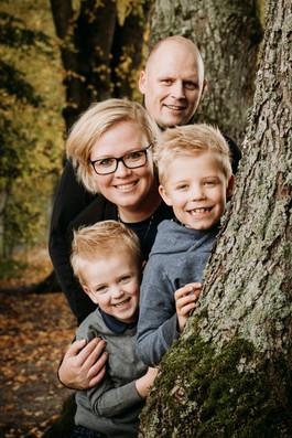 Familiebilleder i skoven nær Ringsted