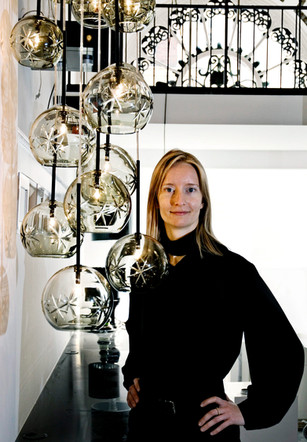 Erhvervskvinde og lampedesigner