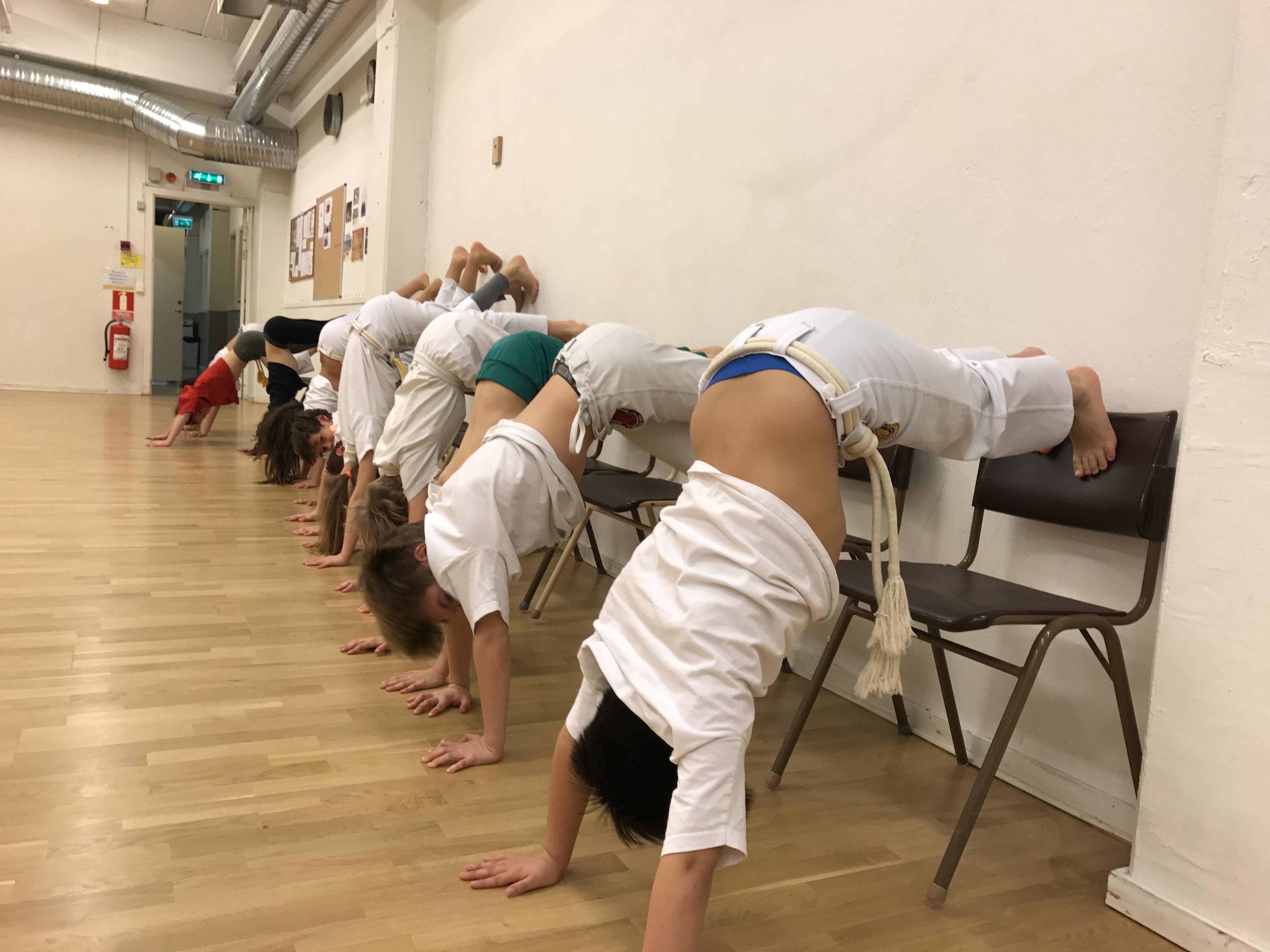Capoeirando Kids