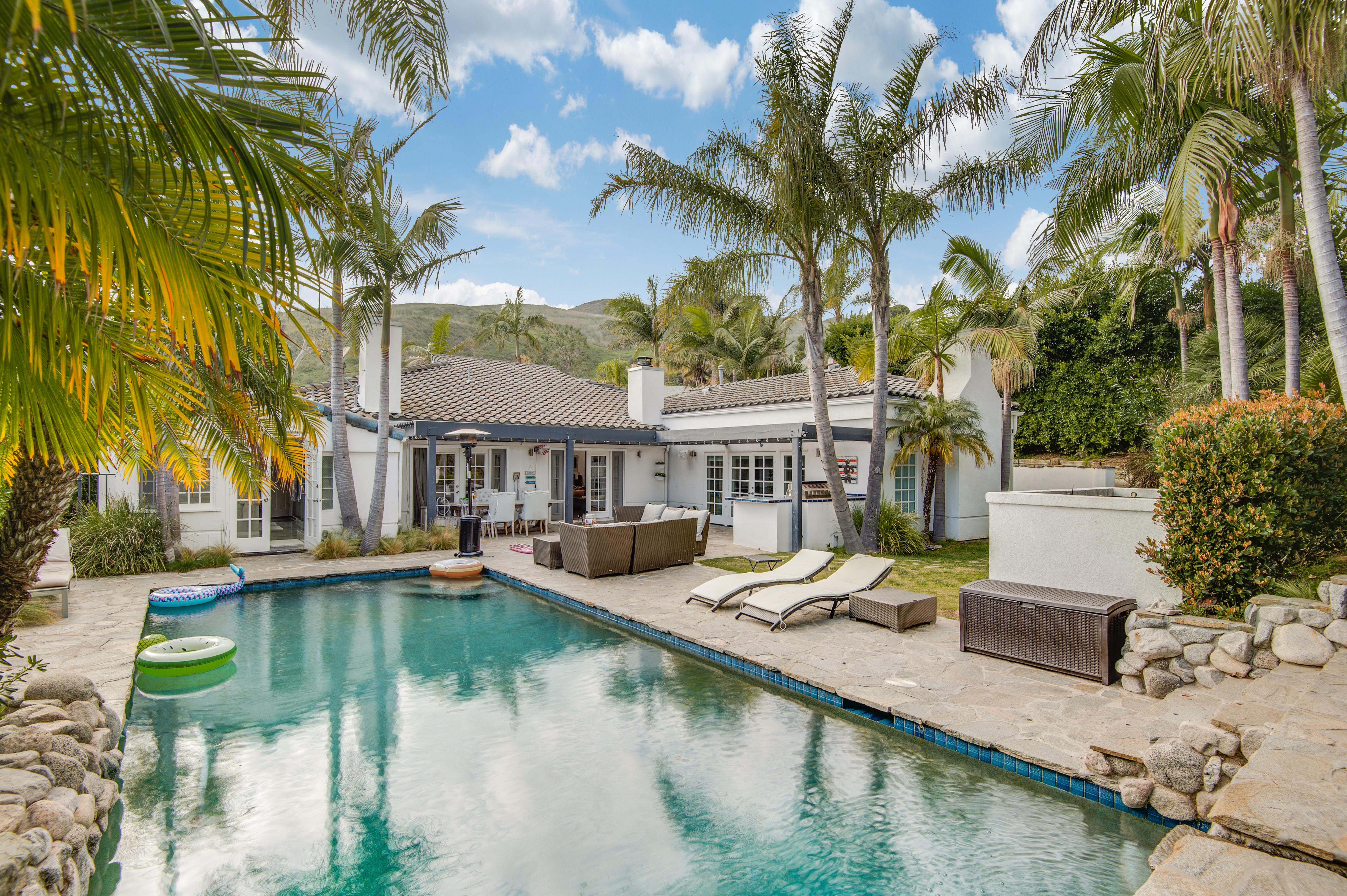 3614 Malibu Country | $15,000