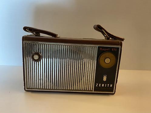 Zenith Royal 675G Tubeless All Transistor Portable Radio