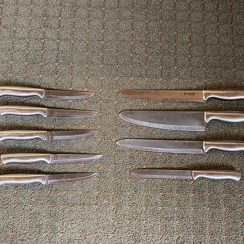 Sabatier 9pc knife set - USED