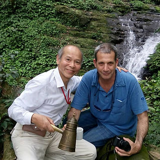 Eyal Raanan with a local Taiwanese friend
