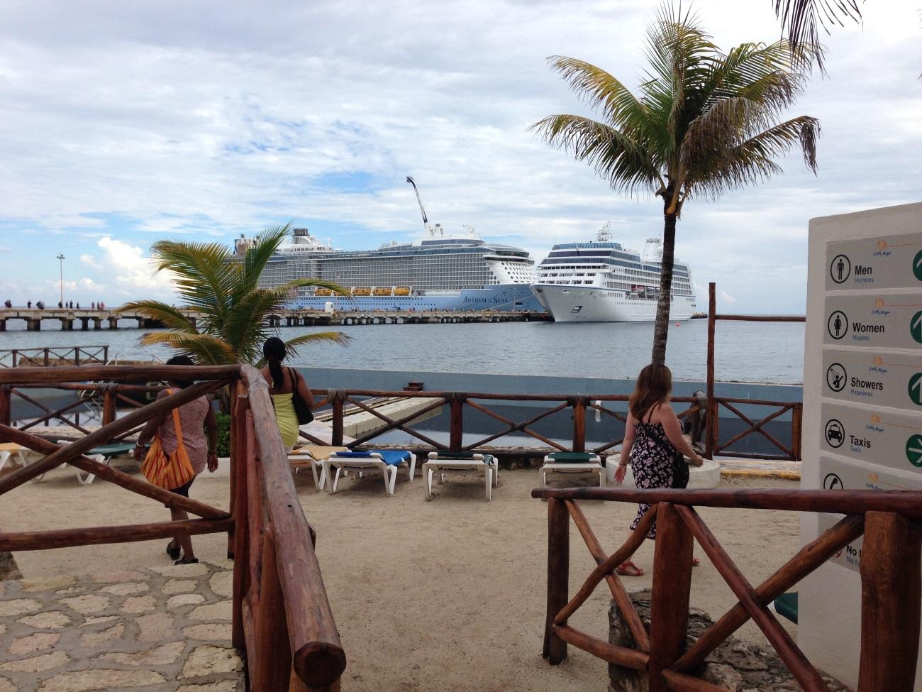 Der Hafen von costa maya