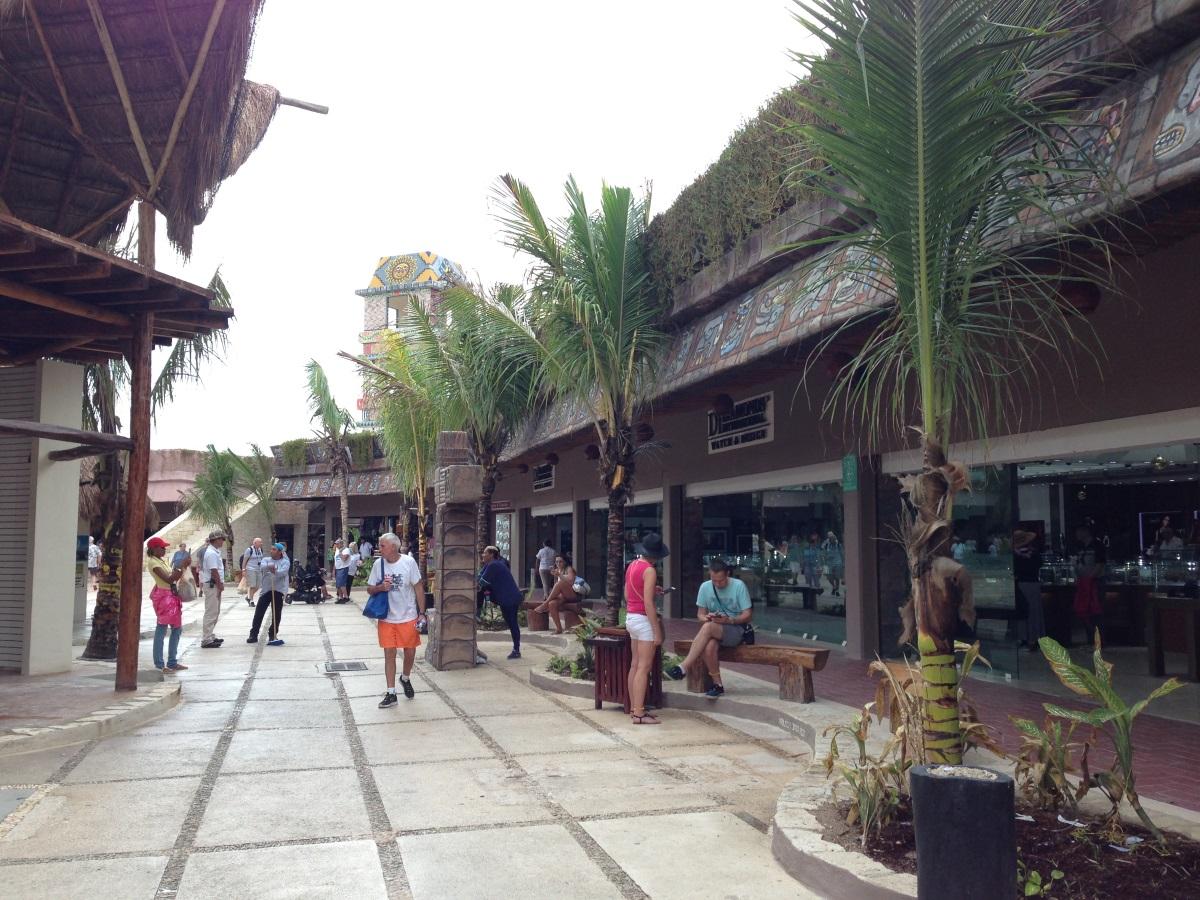 shopping areal von Costa Maya