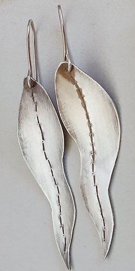 Sculptural Silver Jewellery with Magdalena Pillai Saturday 5 June 2021