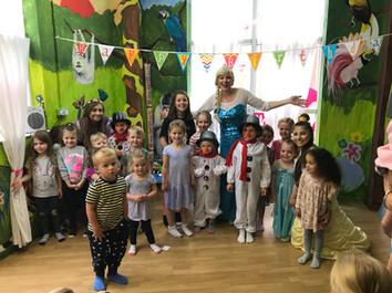 Elsa's Magical Event!