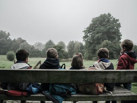 Qual a relação entre a educação e a formação moral?
