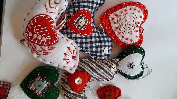 Christmas Shaker Style Decorations