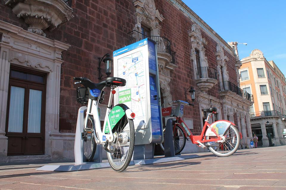 Estación de muestra de bicicleta pública