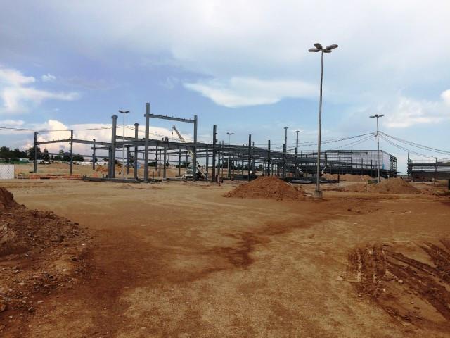 Construcción de la ampliación del centro comercial Altaria