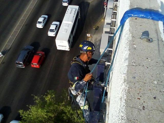 Rope Access desde un edificio en Aguascalientes