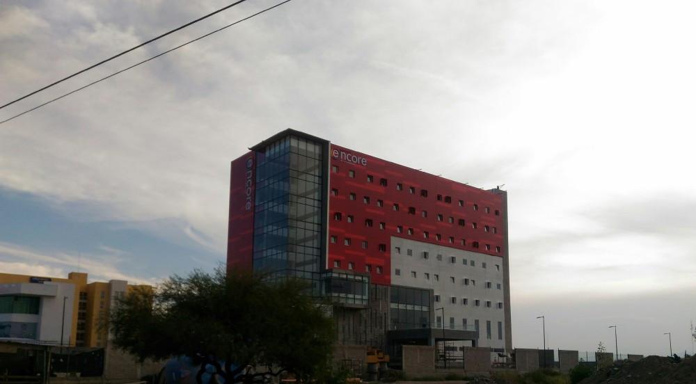 Construcción del Hotel Ramada Encore en Aguascalientes