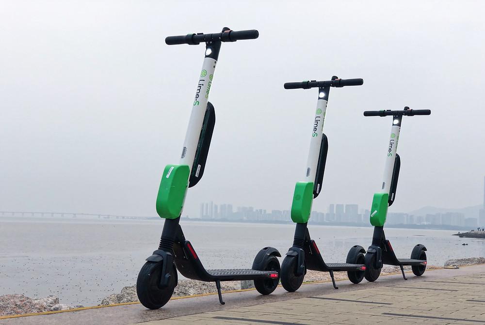 Los scooters eléctricos han sido recibidos en distintas urbes con críticas mixtas