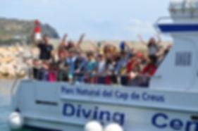 Rutasen barco por la Costa Brava con el Diving Center Colera.