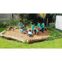 Using outdoor play to build social skill