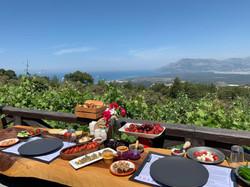 Kumsala karşı kahvaltı