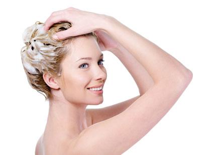 シャンプーの仕方で髪は劇的に変わります。