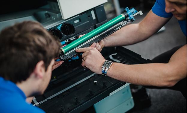 Soporte Técnico de equipos de copiado e impresión de algunas marcas, tales como Konica Minolta, Brother, Fujitsu, HSM. Nuestros técnicos ofrecen soporte técnico profesional a costos razonables.
