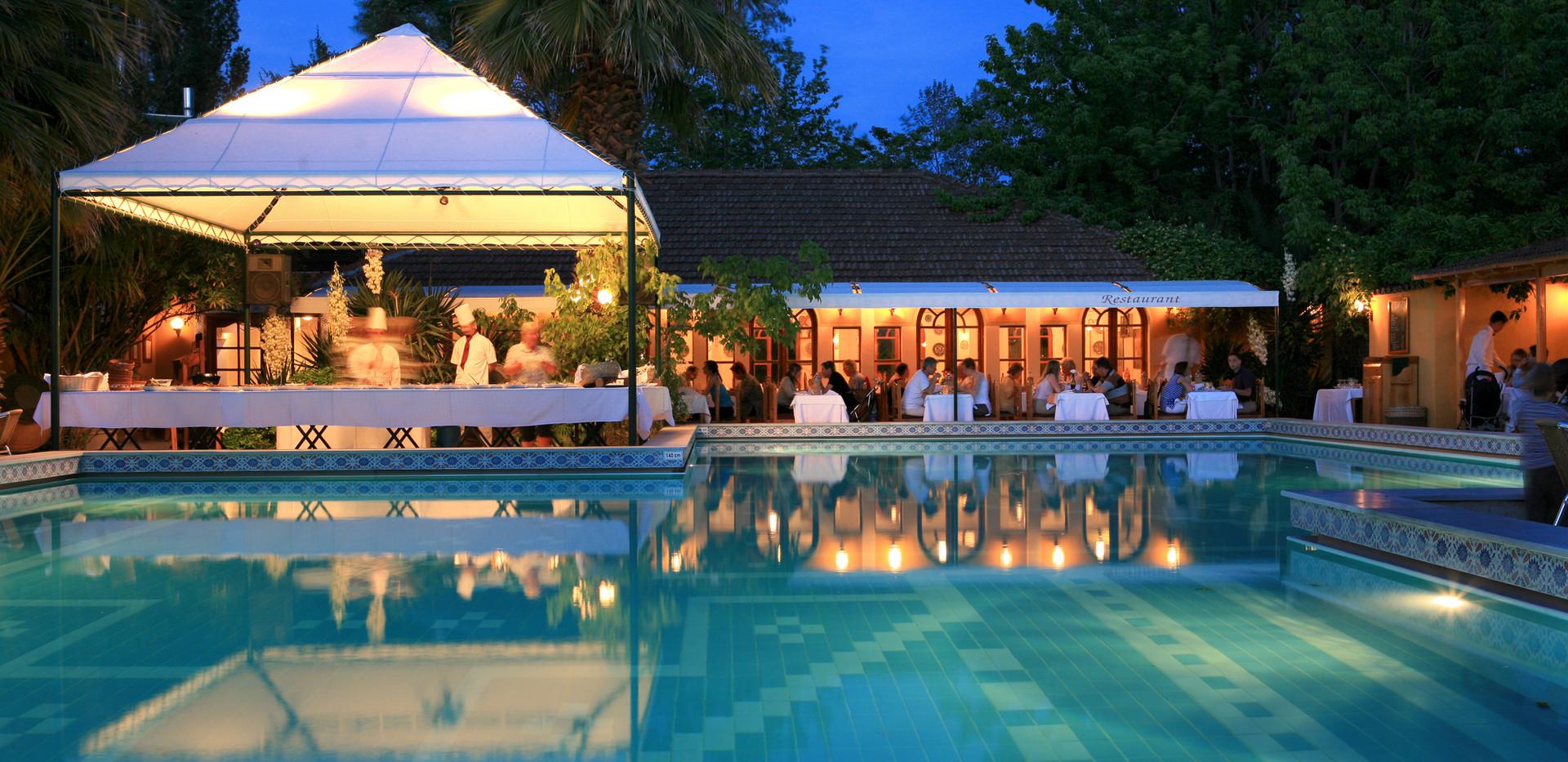 Club Orient Night at Pool