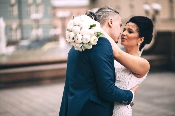 Букет невесты из пионов в Москве