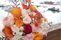 Яркий букет невесты Москва