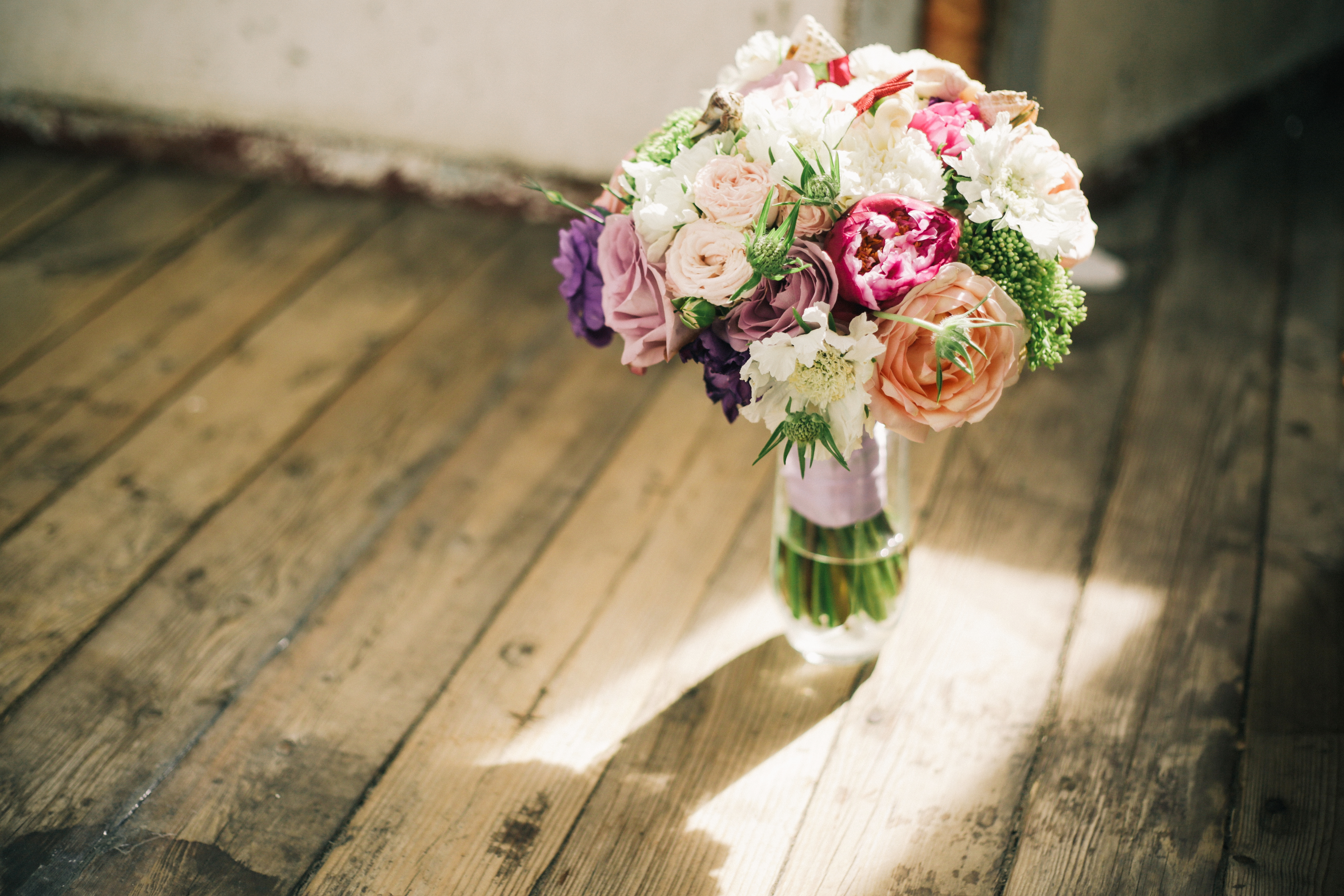 Яркий букет невесты Зеленоград