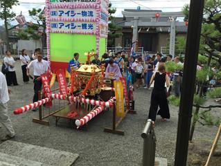 子ども神輿が町内を巡回しました