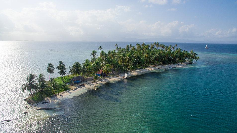 maqui island.jpg