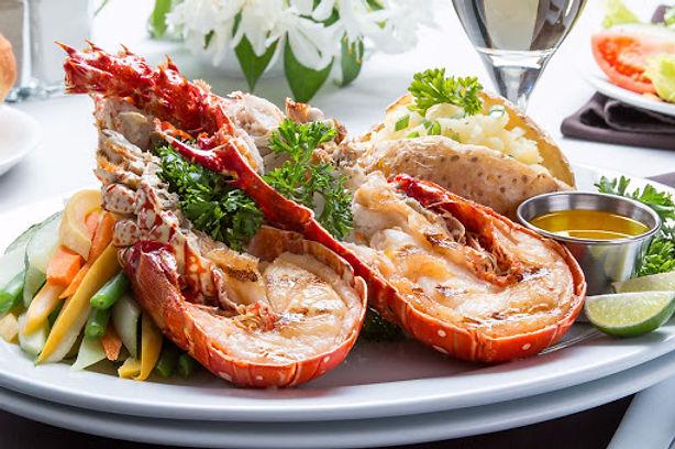 lobster meal on catamaran san blas.jpeg