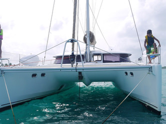 Sailboat vacation at its finest: skippered sailing holidays in San Blas, Panama
