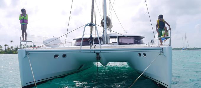 Sailboat vacation at its finest: skippered sailing holidays in San Blas, Panama