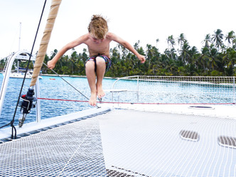 What is included in the all inclusive catamaran charter rate?