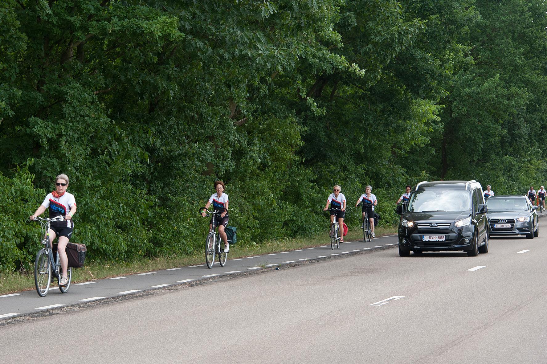 ie-net fietsen en wandelen tegen kanker 2017 (96)