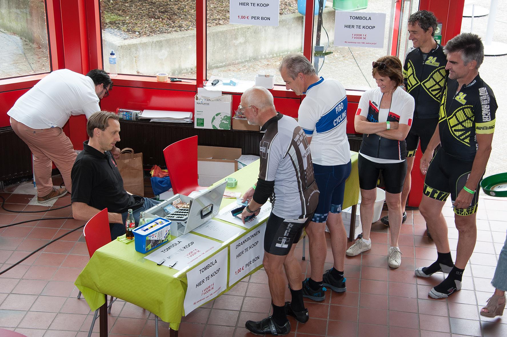 ie-net fietsen en wandelen tegen kanker 2017 (134)