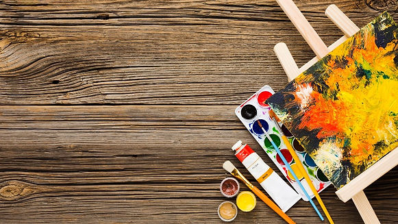 copy-space-wooden-background-and-paint_e