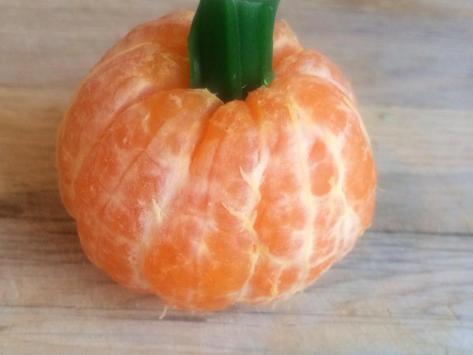 Ways To Serve Fruit: Halloween-Edition