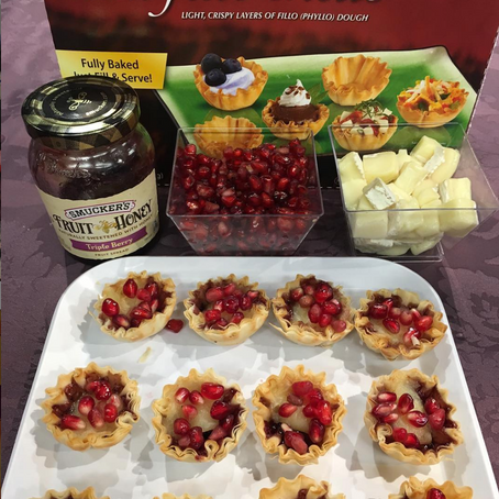 Pomegranate Brie Bites