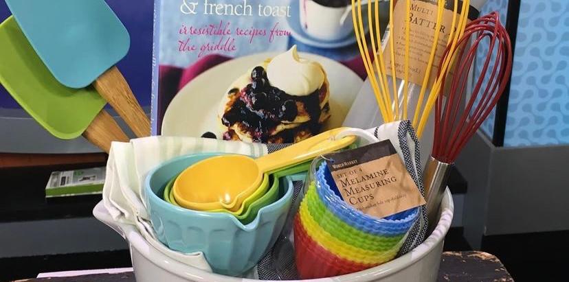 Mother's Day Basket: Breakfast