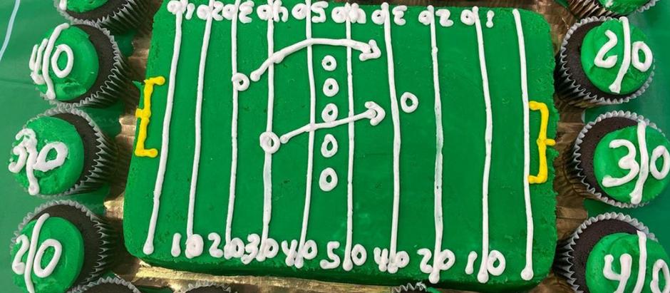 Football Field Cake & Cupcakes