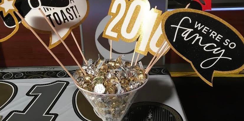 NYE Party Decor