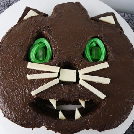 Kitty Kat Jack-O-Lantern Cake