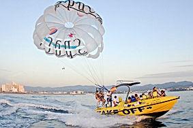 ibiza-tour-parasailing.jpg