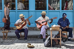 take photos of musicians in cuba