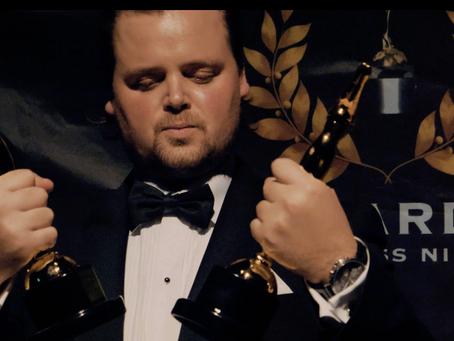 2 Awards: Gold Movie Awards 2018