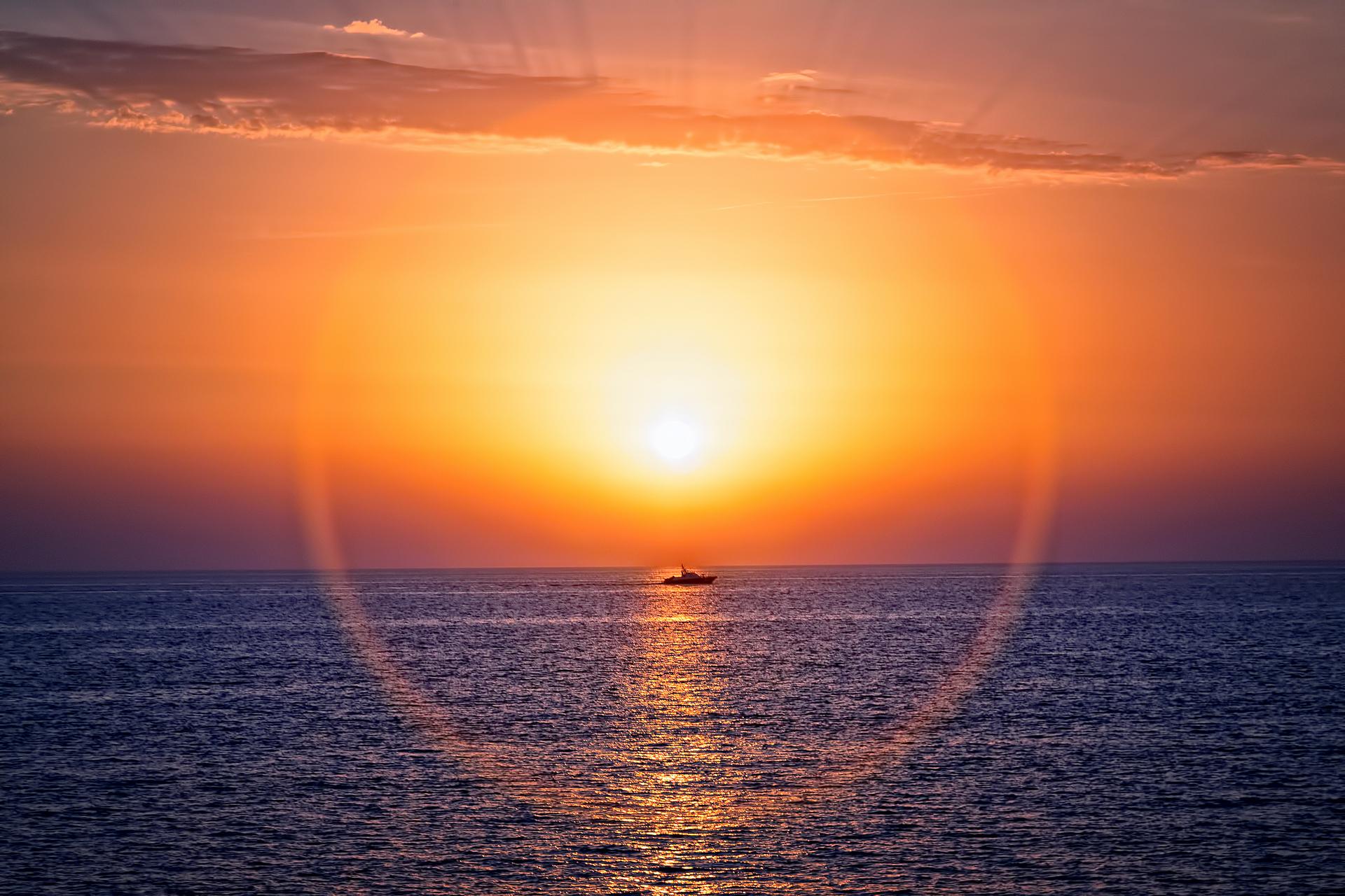 Закат. Черное море.