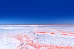 Соленое озеро. Крым.