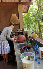 traditional cooking classes in kandy sri lanka, cookery class in nature kandy, wildlife and cooking sri lanka, traditional cookery class sri lanka